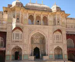 Honeymoon Tour To Udaipur